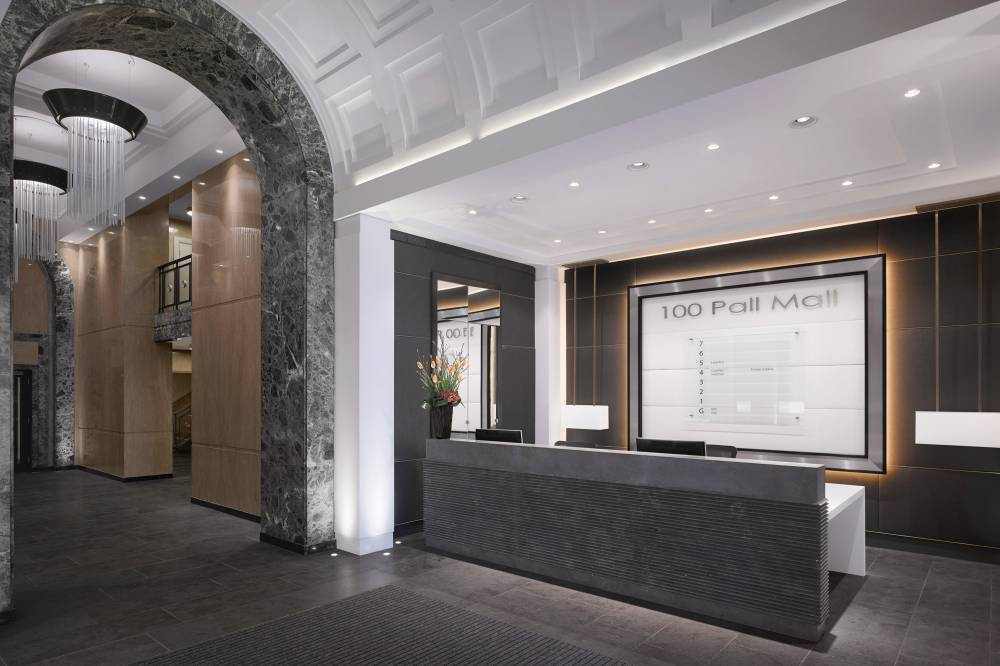 100 Pall Mall Reception Oblique