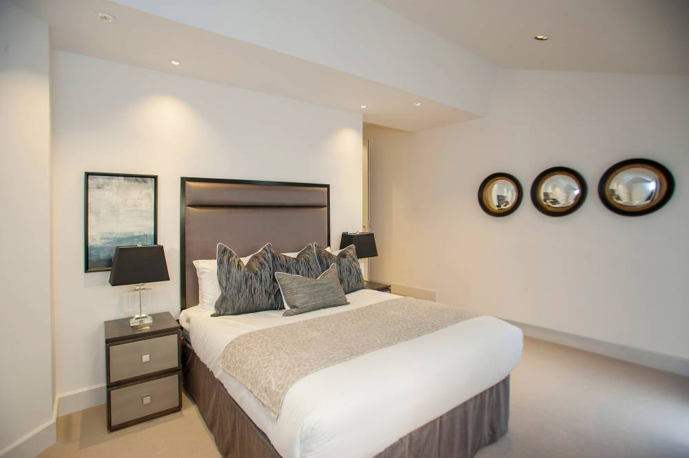 18 Bruton Place Bedroom 2