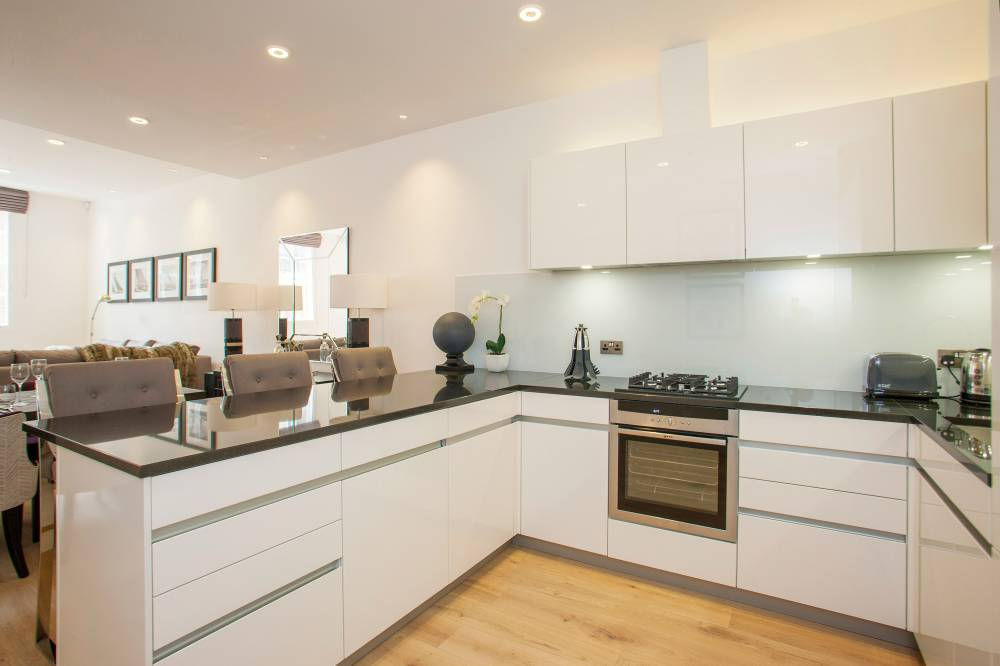18 Bruton Place Kitchen
