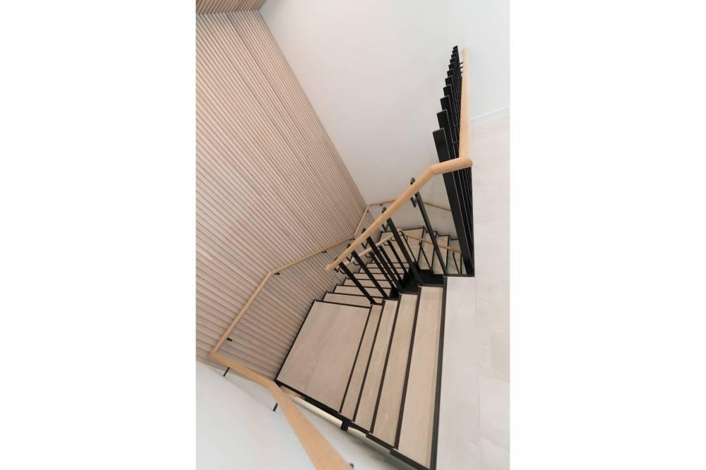 91-93 Baker Street Stair