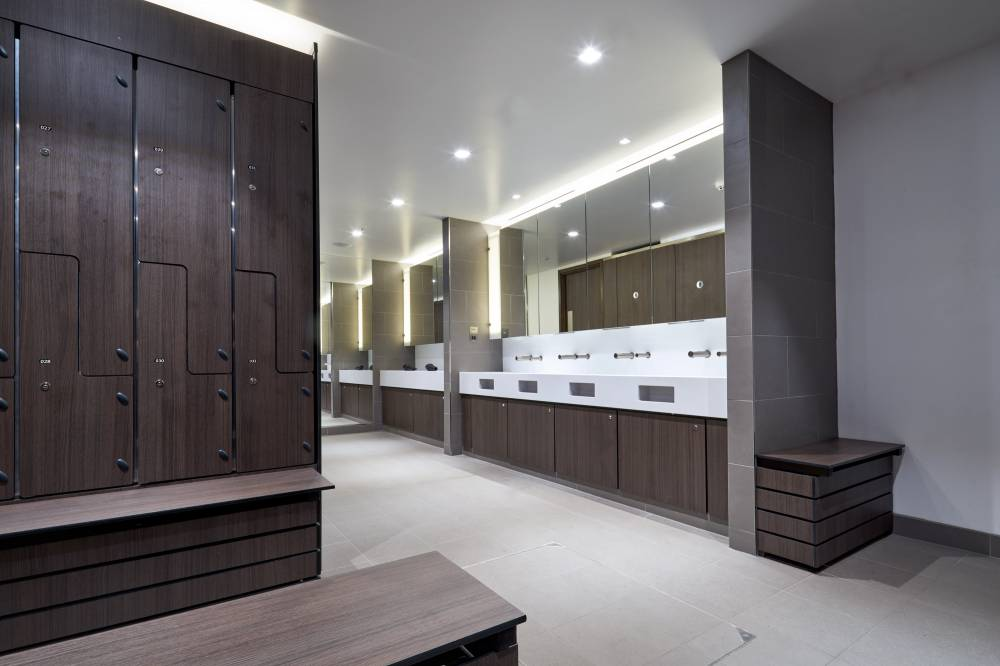 Cardinal Place Showers 01