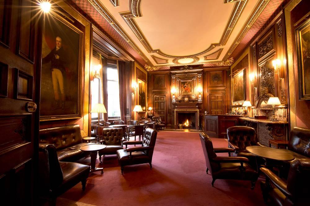 Savile Club Bar